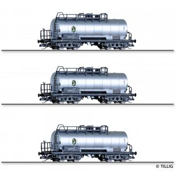 Tillig 01007 Güterwagenset der DR, bestehend aus drei Kesselwagen Zae, vermietet an VEB EVW Schwedt, Ep. IV
