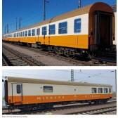 Tillig 01021 Reisezugwagenset Museums-Städteexpress Erfurter Bahnservice GmbH 1, bestehend aus zwei Reisezugwagen, Bauart Halberstadt, und einem Buffetwagen, Ep. VI