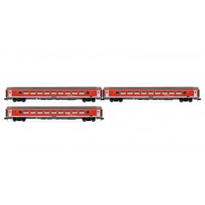 """Arnold HN4203 3-teiliges Set """"München-Nürnberg-Express"""" der DB AG, bestehend aus 3 Wagen der Bauart Bpmz in verkehrsroter Lackierung"""