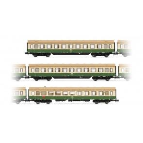 Arnold HN4244 3-teiliges Set Modernisierungswagen der DR mit Seitenschürzen, in grün/beiger Lackierung (Default)