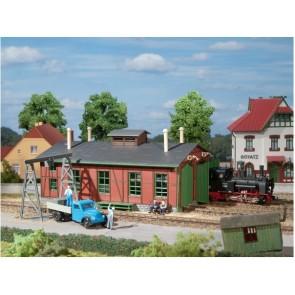 Auhagen 11355 Lokschuppen für Schmalspurbahnen