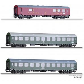 Tillig 01013 Reisezugwagenset Interzonenzug 3 der DR, bestehend aus einem Speisewagen WRg, einem Reisezugwagen 2. Klasse Bme, Typ Y/B 70, und einem Liegewagen Bcme, Typ Y/B 70, Ep. IV