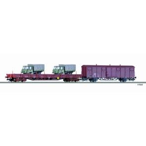 Tillig 01712 Güterwagenset Militärtransport der DR, bestehend aus einem Niederbordwagen Res, beladen mit zwei LKW und einem gedeckten Güterwagen Gbs-t 1530, Ep. IV -FORMNEUHEIT-