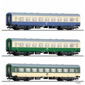 Tillig 01725 Reisezugwagenset der DR, bestehend aus drei Reisezugwagen 2. Klasse Bghw in Versuchslackierung, Ep. IV