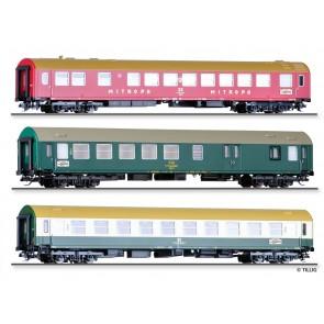 """Tillig 01776 Reisezugwagenset """"Vindobona 1"""" der DR/ČSD, bestehend aus einem Speisewagen WRm, Typ B, einem Reisezugwagen 2. Klasse, Typ Y/B 70 und einem Sitz-/Gepäckwagen 2. Klasse, Typ Y/B 70, Ep. IV"""